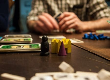 10 juegos como Speak Out for Your Next Game Night